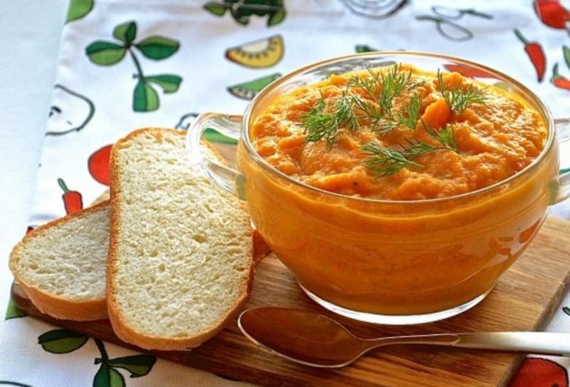 Кабачковая икра с луком и морковкой