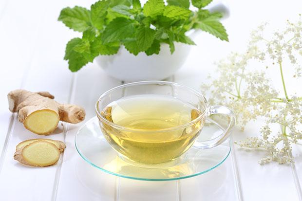 Зелёный имбирный чай с мёдом
