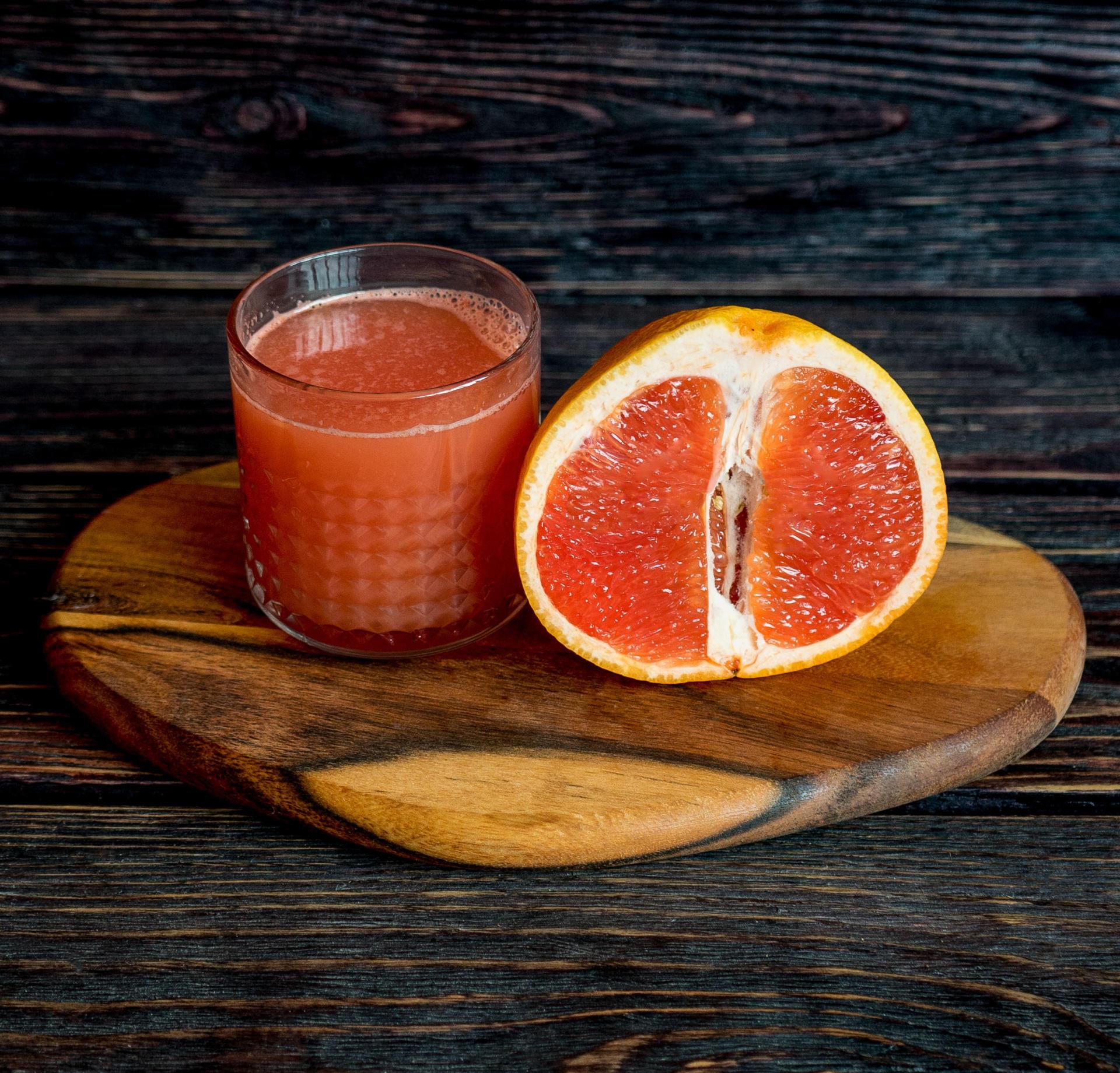 Грейпфрутово-виноградный сок