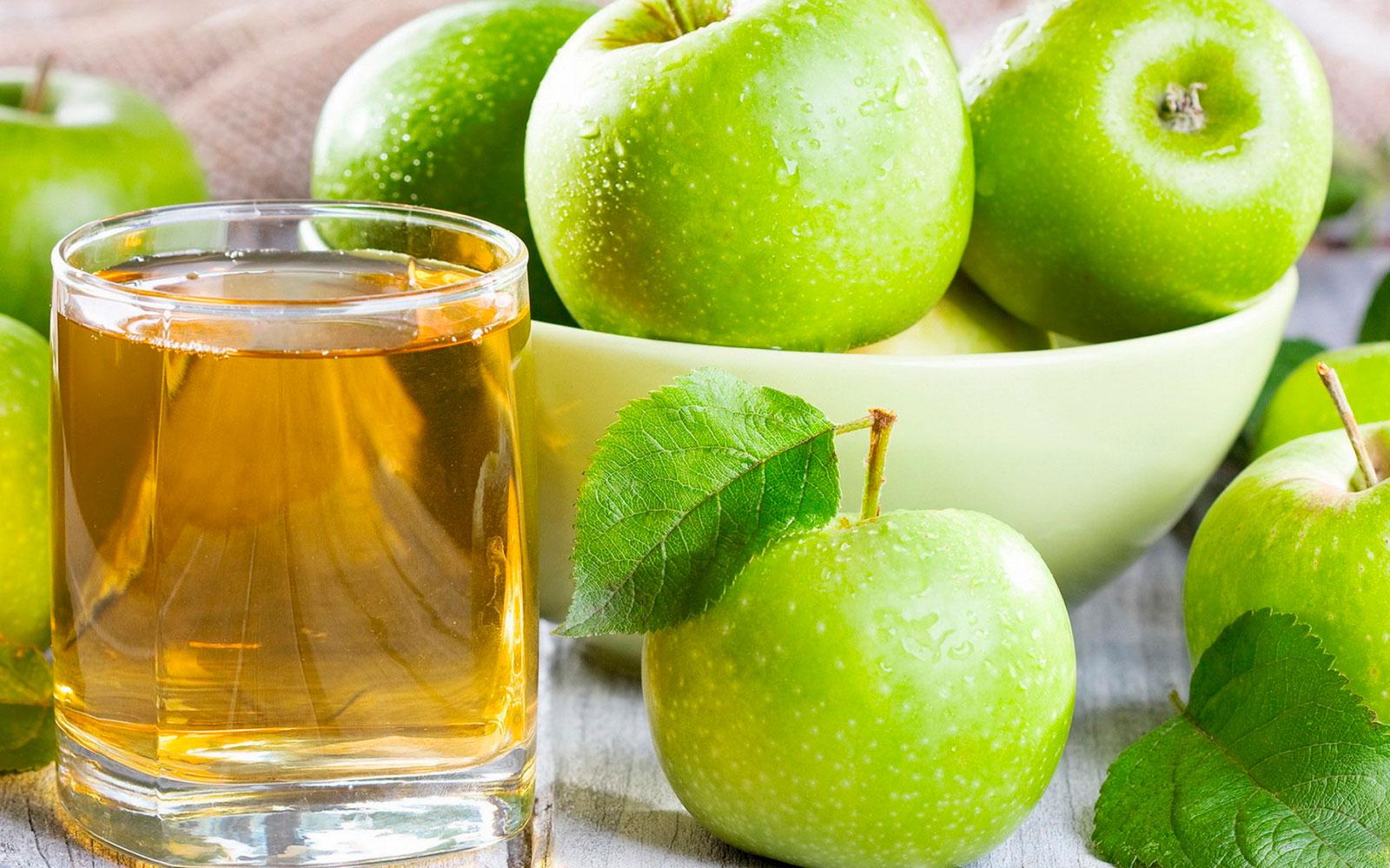 Сок из зелёных яблок